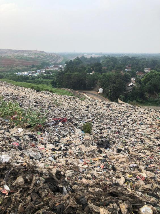 landfill site Bantar Gebang